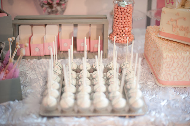 Minneapolis Cake Pops for Baby Shower