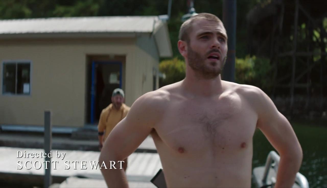 Shirtless Men On The Blog: Alex Roe Shirtless