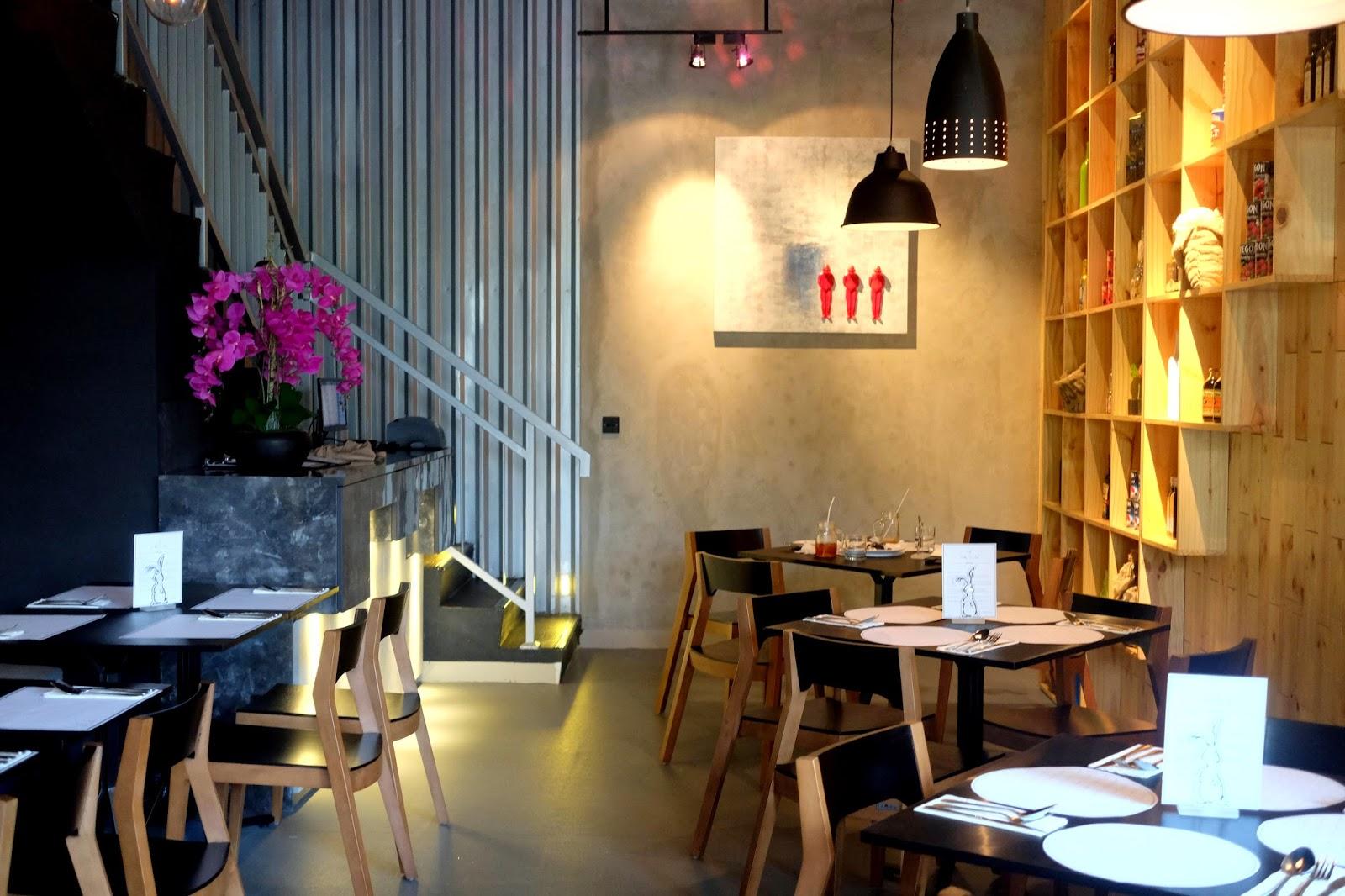 Avec Moi Restaurant and Bar Kuliner Jakarta