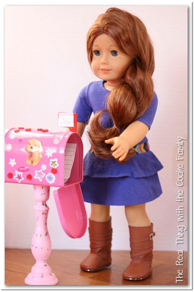 American Girl Craft ~ Cute, Easy And Inexpenisve Mailboxes For Your Doll!  #AmericanGirl