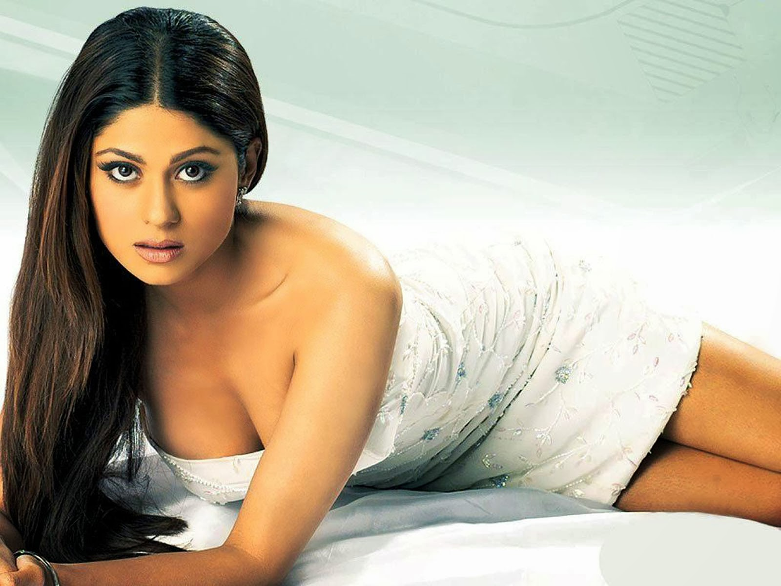 shamita shetty hot photos shamita shetty hot stills shamita shetty hot ...