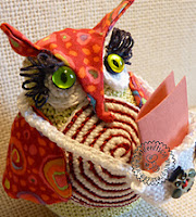 http://www.ravelry.com/patterns/library/messenger-owl