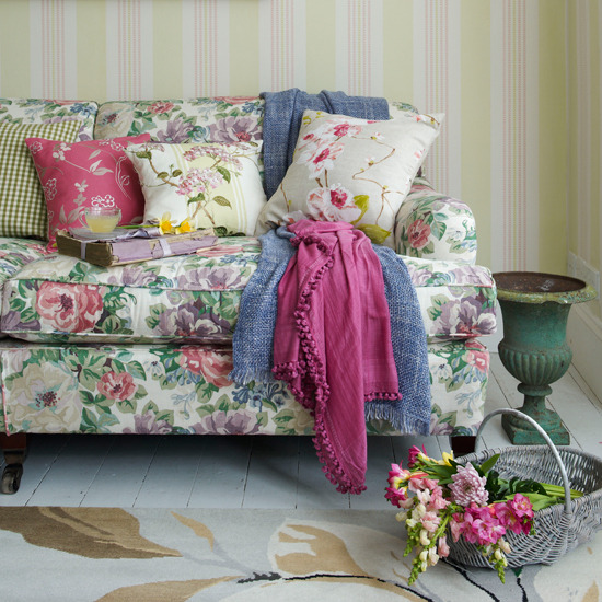 Floral Living Room Sofas