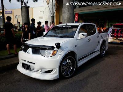VIP Style Mitsubishi Triton bodykit