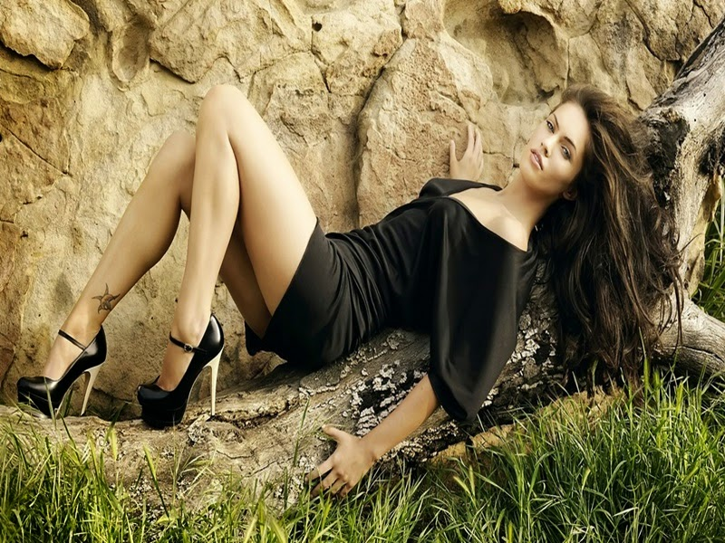 megan fox feet, megan fox legs