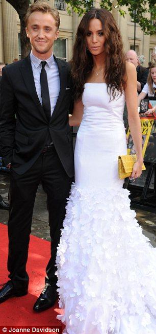 ALL TOP HOLLYWOOD STAR... Rupert Grint Married