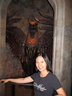 Wizarding World of Harry Potter Gargoyle in Dumbledore's office