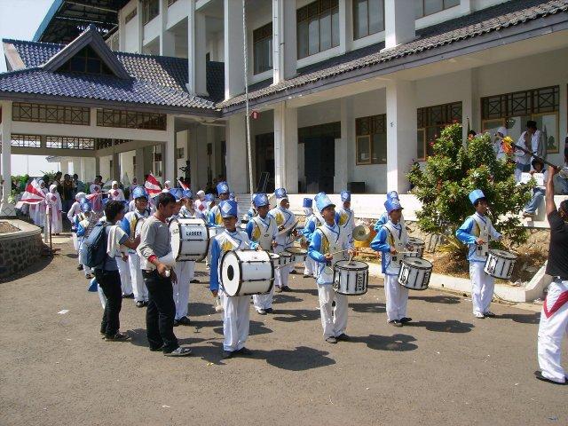 Marching Band SMA Islam