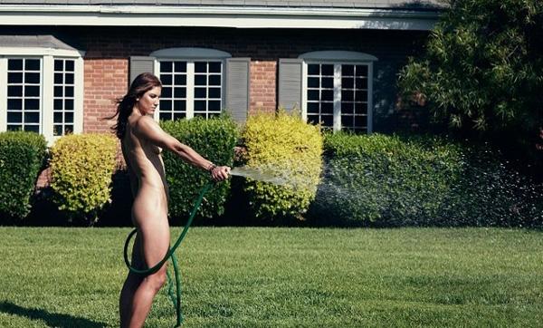 ¡Se desnudó Hope Solo! la portera más sexy del mundo