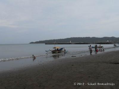 Keindahan Pantai Teluk Penyu Kab. Cilacap