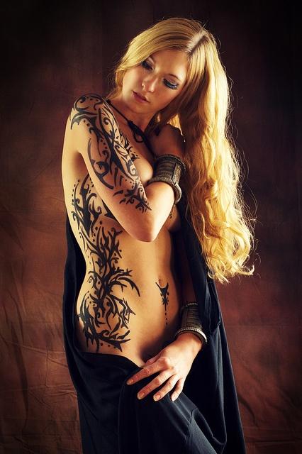 Erotic tattoo pics