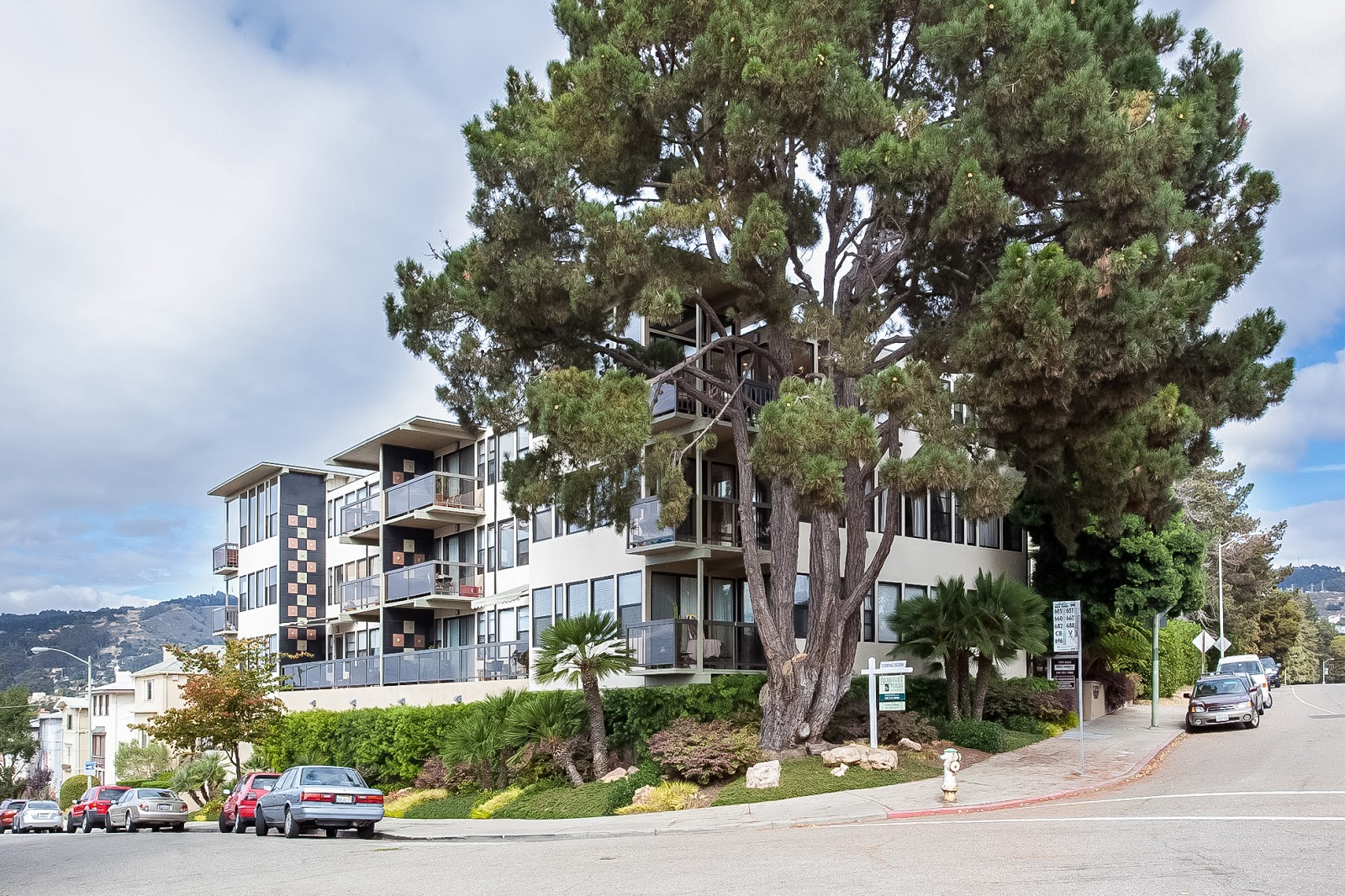 Just listed 5400 broadway terrace 301 oakland for 11031 broadway terrace oakland ca