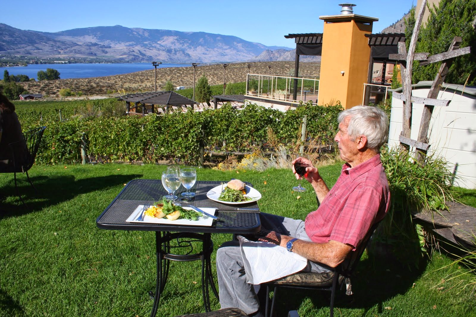 osoyoos mature singles Property listing for 5 - 9107 62nd ave in osoyoos, british columbia search for properties for sale and rent across canada and in your neighbourhood.
