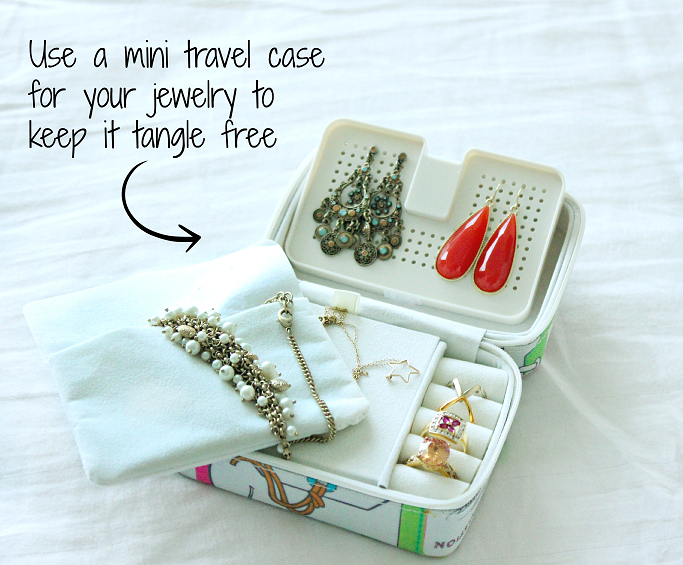 How to pack smart, Packing tips for weekend vacation, Packing tips for air travel, How to pack jewelry for travel