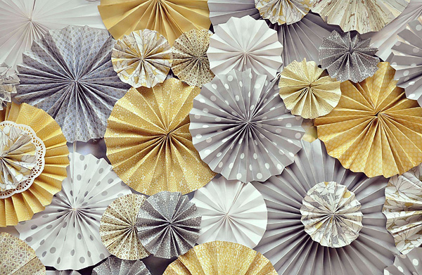 Be Different...Act Normal: Paper Wheel Party Decorations ...