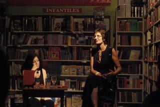 """Presentación """"Común y silvestre. Poemas""""  el domingo 4 de diciembre de 2011"""