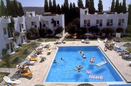 bitez-safir-otel-yüzme-havuzu