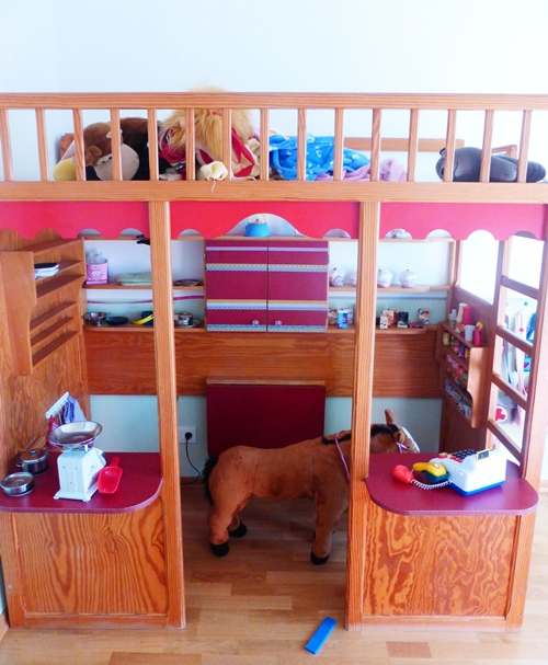 Kinderzimmer Hochbett Kaufmannsladen