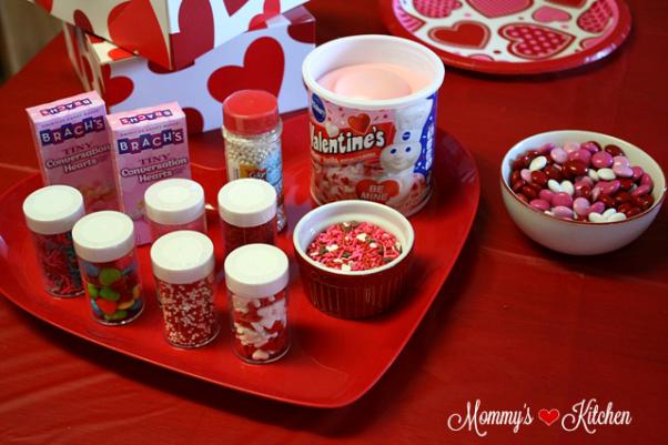 valentinecookieparty033mkpng - Decorating Valentine Cookies