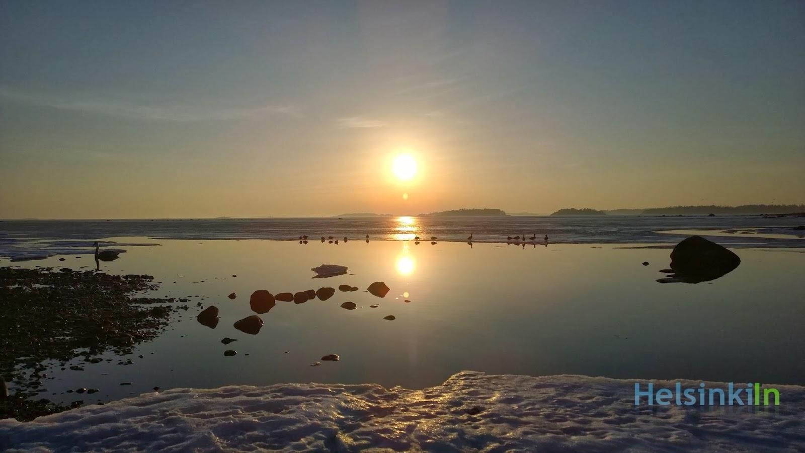 Sun over the sea at Lauttasaari
