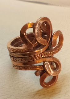 Copper ring ~ metal working, ooak jewelry :: All Pretty Things
