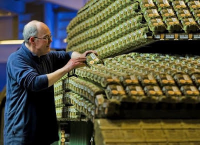 Cool: Kereta Kebal dari Sangkar Telur (5 Gambar)