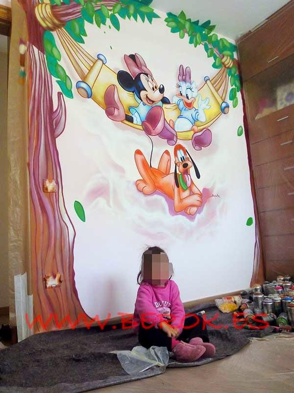 Graffiti infantil Disney para niña en Vallirana