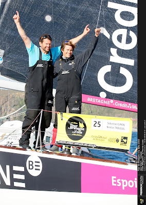 Seb Simon et Nicolas Troussel vainqueurs à Camaret sur le Tour Bretagne.