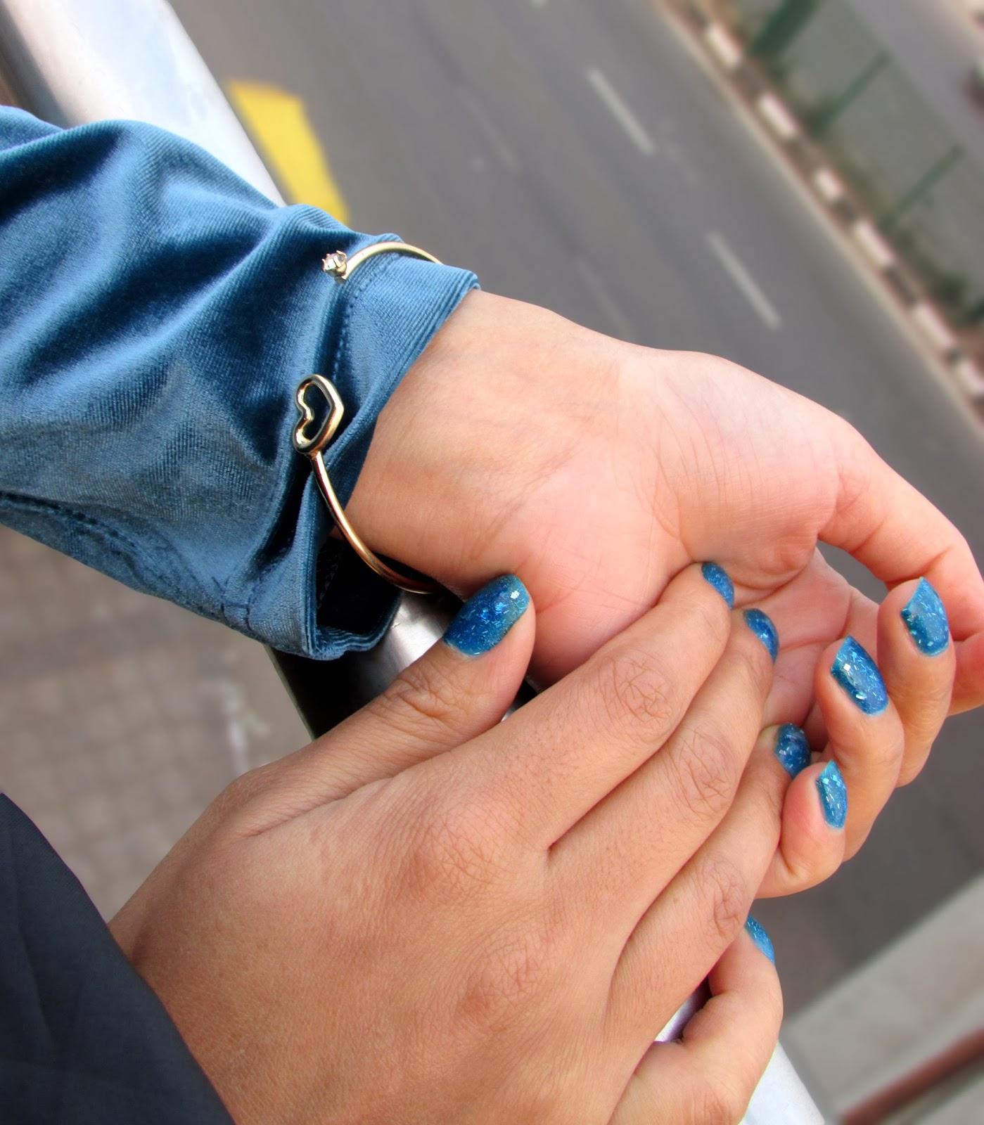 Velvet, velvet top, velvet skirt, velvet dress, velvet clothes, velvet jacket, velvet coat, velvet skater skirt, velvet full sleeves top, velvet tshirt , velvet shirt, Blue Velvet, blue velvet top, blue velvet skirt, blue velvet dress, blue velvet clothes,blue velvet jacket, blue velvet coat, blue velvet skater skirt, blue velvet full sleeves top, blue velvet tshirt , blue velvet shirt, FrontRowshop Velvet, FrontRowshop velvet top, FrontRowshop velvet skirt, FrontRowshop velvet dress, FrontRowshop velvet clothes,FrontRowshop  velvet jacket, FrontRowshop velvet coat, FrontRowshop velvet skater skirt, FrontRowshop velvet full sleeves top, FrontRowshop velvet tshirt , FrontRowshop velvet shirt,Velvet price , velvet top price, velvet skirtprice , velvet dress price , velvet clothes  price , velvet jacket price, velvet coat price, velvet skater skirt price, velvet full sleeves top price, velvet tshirt  price ,velvet shirtprice,Pants, snakes pants, fitted pants, printed smokey pants, printed fitted pants, geometric pants, geometric print, geometric print pants, geometric  smokey pants, geometric printed smokey trousers, smokey trousers, printed smokey trousers, trousers, pattern trousers, pattern pants, pattern bottoms, geometric pattern pants, geometric pattern trousers, silver trousers, silver pants, silver smokey pants, glittery pants, glittery silver pants,brocade , brocade pants, brocade trousers, brocade smokey pants, brocade fitted pants, brocade printed pants , brocade geometric pants, brocade geometric pattern pants, brocade geometric print pants, silver brocade pants, silver shinny brocade pants,Wishlist, clothes wishlist, persumall wishlist, frontrowshop, frontrowshop.com, frontrowshop.com wishlist, autumn wishlist,autumn frontrowshop wishlist, autumn clothes wishlist, autumn shoes wishlist, autumn bags wishlist, autumn boots wishlist, autumn pullovers wishlist, autumn cardigans wishlist, autymn coats wishlist, frontrowshop clothes wishlist, frontrowshop bags w
