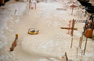 Salju Oranye Aneh Jatuh di Atas Rusia