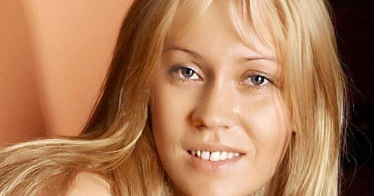 Celebrity Nude Wallpaper: Agnetha Fältskog Nude Wallpaper