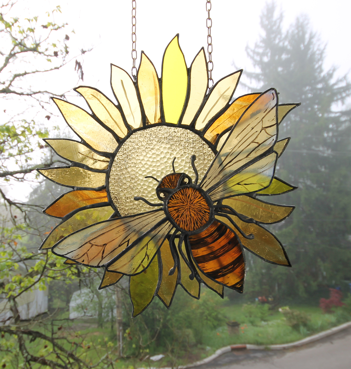 Bee Stained Glass Sun Catchet Pattern