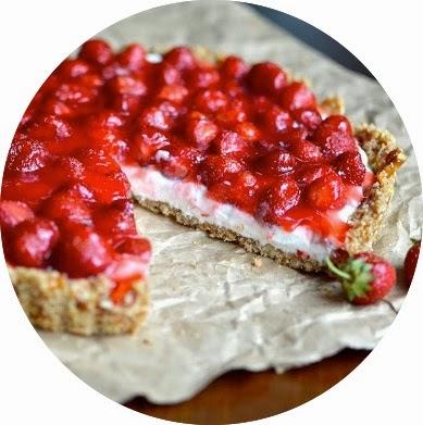 http://www.yammiesnoshery.com/2013/06/strawberry-pretzel-tart.html