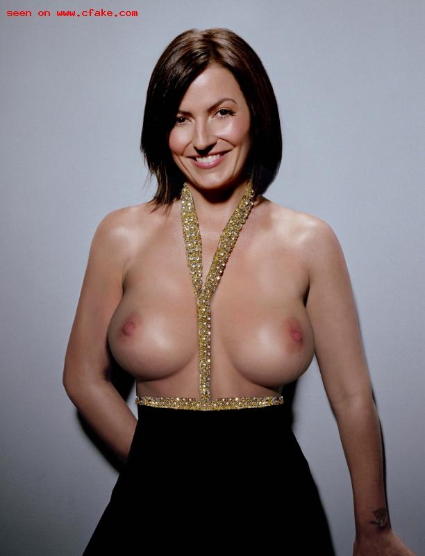 davina naked