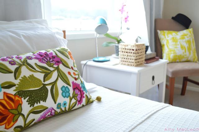 Interior by Amy MacLeod (www.fivekindsofhappy.com)