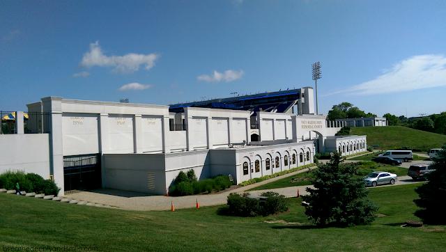zooma-annapolis-race-2015-navy-stadium1