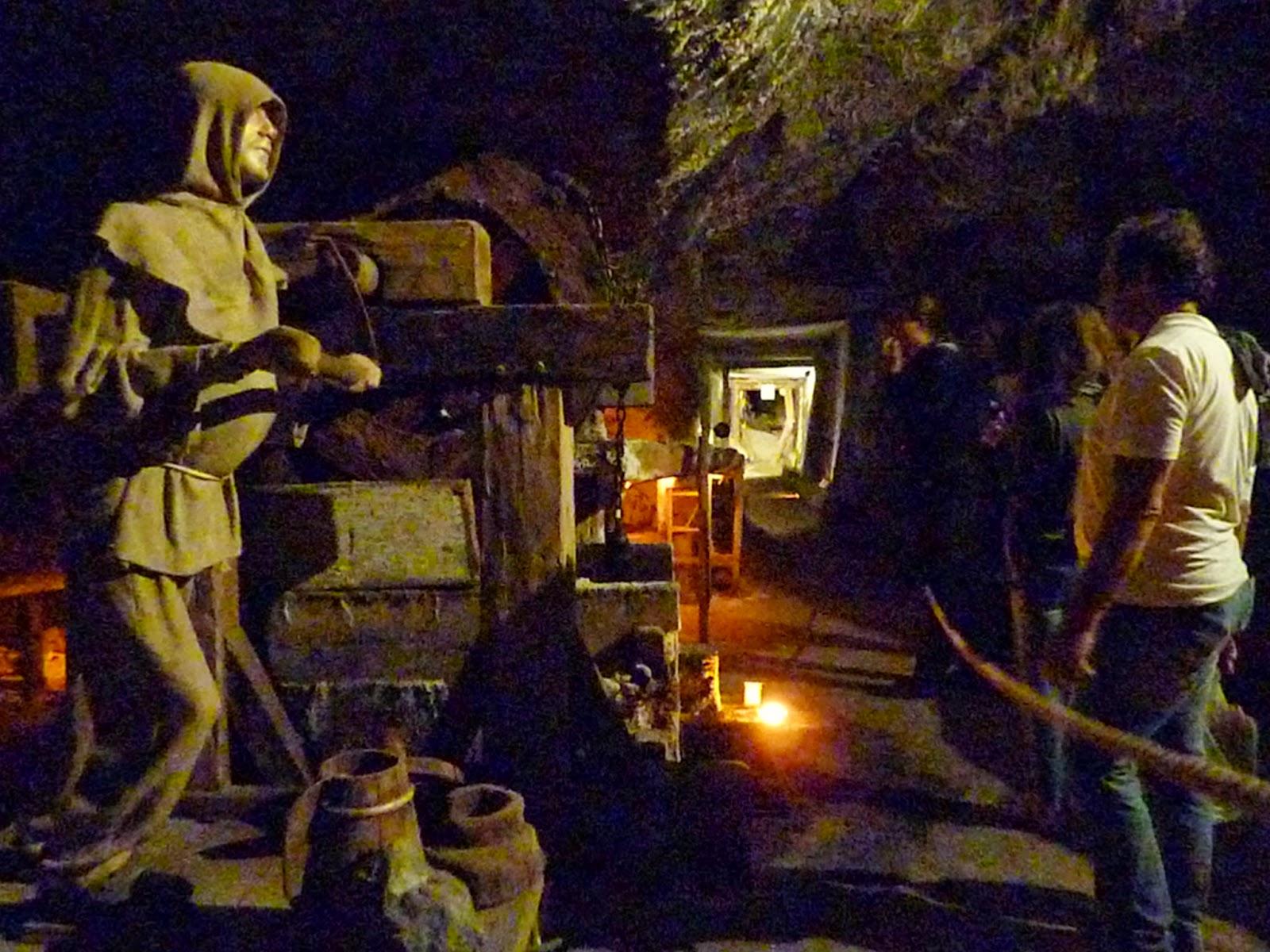 Esempio di rappresentazione tramite manichino del lavoro svolto dai minatori