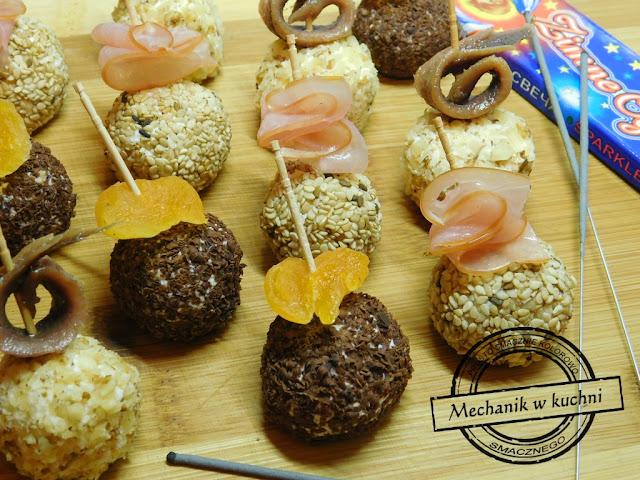 Serowe kuleczki bankietowe kule przyjęcie urodziny przekąska menu bankietowe catering mechanik w kuchni pszczyna spscatering polędwica deska serów zimna płyta przystawka
