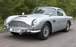 mobil Aston Martin DB5