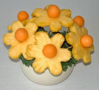 Centerpieces with Pineapple, Part 1