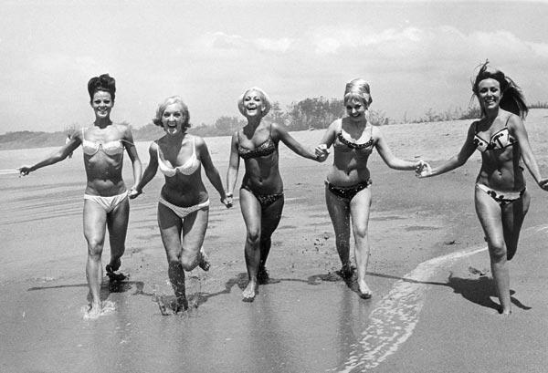 Resultado de imagen para bikini historia