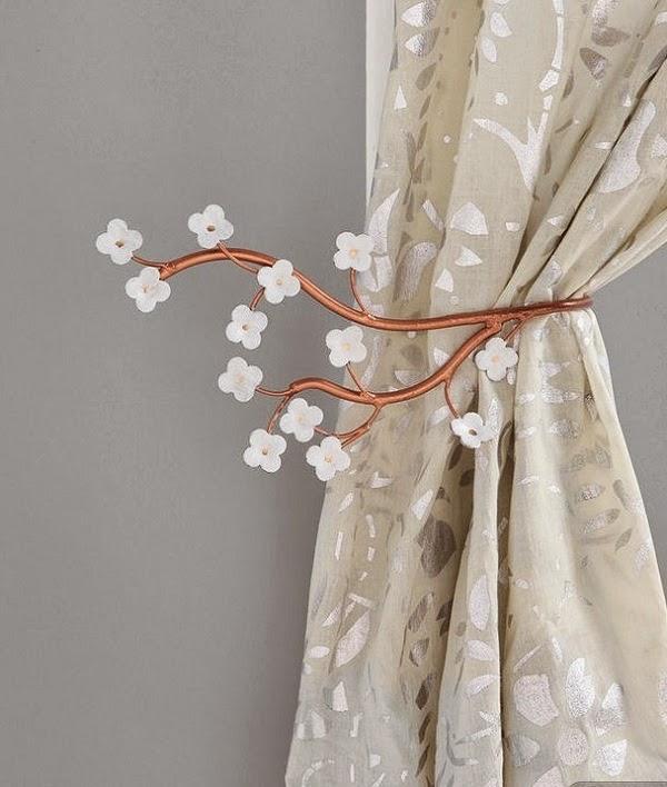 accessoires pour les rideaux de salon d coration salon d cor de salon. Black Bedroom Furniture Sets. Home Design Ideas