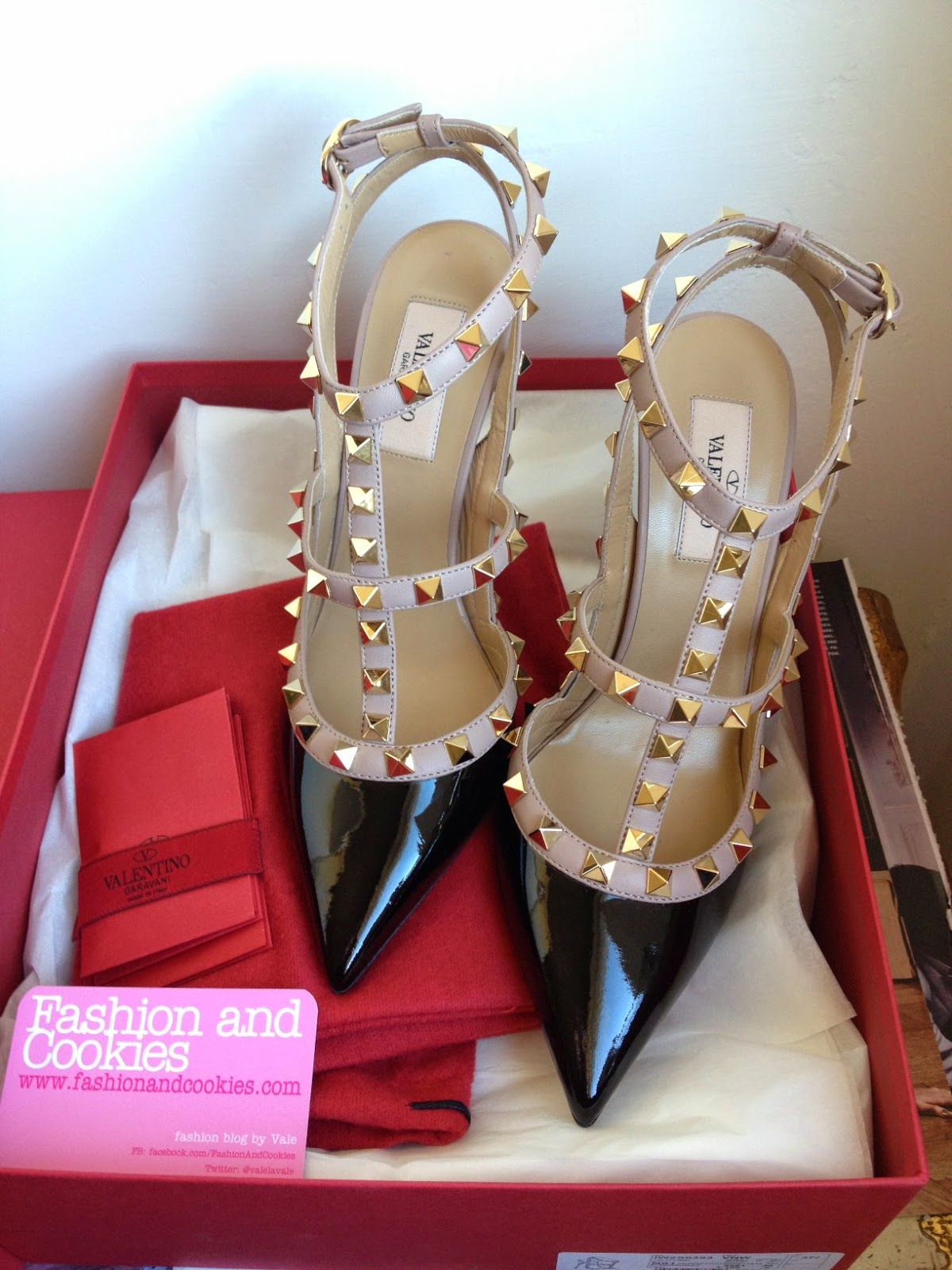 Valentino Rockstud pumps, Valentino Rockstud review, Valentino Rockstud patent leather, Fashion and Cookies fashion blog, fashion blogger