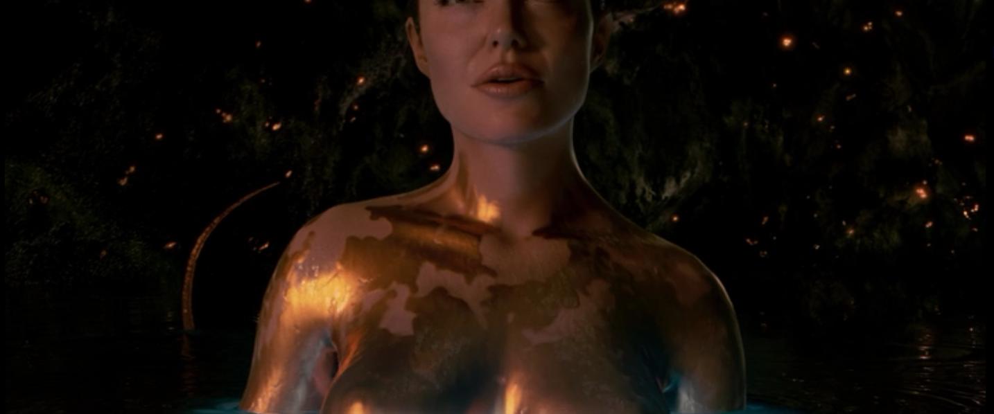 Angelina Jolie erscheint nackt in Beowulf