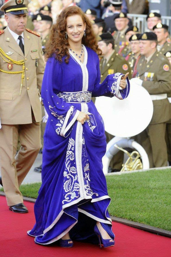 Takchita, takchita luxe, takchita marocain,Takchita moderne, Takchita Rouge, takchita photos, takchita 2015,