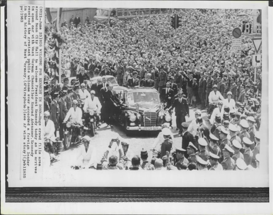 AGENTS SURROUND JFK'S CAR JUNE 1963