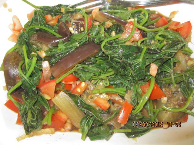 Food Trip:Talbos ng Kamote Salad - The Backpack Man
