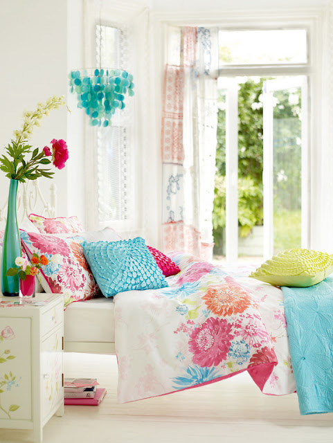 and turquoise turquoise and white is a classic pairing the color