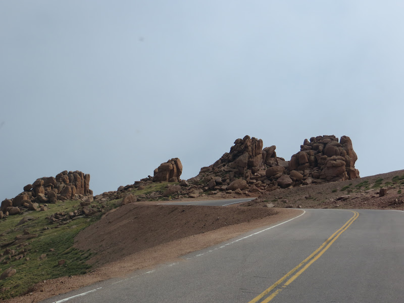 drive up to pikes peak view from the drive up. Black Bedroom Furniture Sets. Home Design Ideas