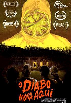 Filme Poster O Diabo Mora Aqui